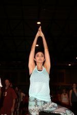 Shilpa Shetty at the IIFA Stomp Yoga Masterclass 2016 on 25th June 2016 (6)_576fb1d5c91c2.JPG