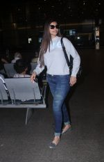 Daisy Shah at the airport on June 26, 2016
