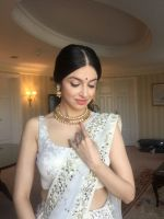 Divya Khosla  Spotted wearing a gorgeous cream lehenga by ace designer Vikram Phadnis and Jewellery by Shobha Shringar  (2)_5770a16c41da6.JPG