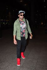 Manish Paul at the airport on June 26, 2016