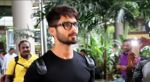 Shahid Kapoor snapped at the airport on June 26, 2016 (4)_57713148e5563.jpg
