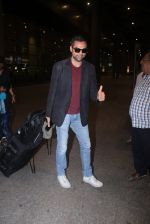 Abhay Deol return from IIFA in Mumbai Airport on 27th June 2016