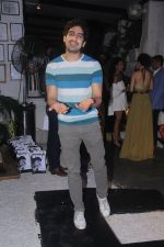 Ayan Mukerji at Experimental Representation by Gabriealla of Deme in Olive on 28th June 2016 (25)_5773665bf064d.JPG