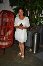 Divya Dutta at Anand Rai_s Birthday Bash on 28th June 2016 (85)_577367fc930e6.JPG