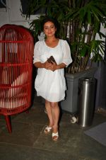 Divya Dutta at Anand Rai_s Birthday Bash on 28th June 2016 (86)_577367fd67494.JPG