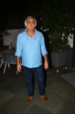 Hansal Mehta at Anand Rai_s Birthday Bash on 28th June 2016 (131)_57736806801d7.JPG