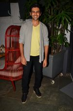 Kartik Aryan at Anand Rai_s Birthday Bash on 28th June 2016 (107)_577368414eb2e.JPG