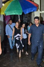 Madhuri Dixit snapped at Filmistan on 28th June 2016 (8)_577364fec36fe.JPG