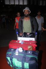 Remo D Souza snapped at airport on 28th June 2016 (3)_577365286266d.JPG