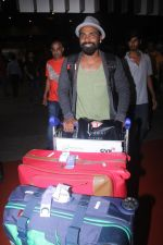 Remo D Souza snapped at airport on 28th June 2016 (1)_57736526a02b2.JPG