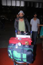 Remo D Souza snapped at airport on 28th June 2016 (2)_577365277220e.JPG
