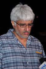 Vikram Bhatt snapped at airport on 28th June 2016 (10)_57736534ab836.JPG
