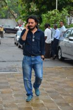 Vishesh Bhatt at Anil Thadani_s father prayer meet on 28th June 2016 (39)_577365ce75cd0.JPG