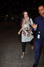 Evelyn Sharma snapped at airport on 29th June 2016 (1)_5774a19f6f5bd.JPG