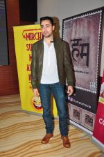 Imran KHan at special screening of The Virgins in Hard Rock Cafe on 30th June 2016 (46)_577612d9b99e7.JPG