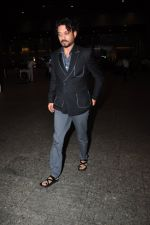 Irrfan Khan snapped at airport in Mumbai on 30th June 2016