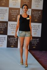 at LFW Model Auditions in St. Regis Hotel on 30th June 2016 (27)_5776141906fdd.JPG