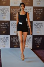 at LFW Model Auditions in St. Regis Hotel on 30th June 2016 (29)_5776141adb8b7.JPG