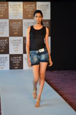 at LFW Model Auditions in St. Regis Hotel on 30th June 2016 (31)_5776141c2f779.JPG