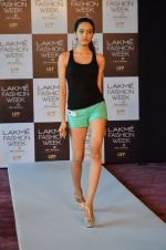 at LFW Model Auditions in St. Regis Hotel on 30th June 2016 (60)_5776142e15c0f.JPG