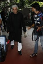 Javed Akhtar snapped at airport on 1st July 2016 (12)_57772e0ae5876.JPG
