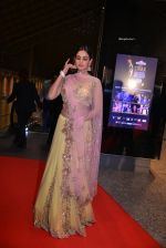Sonal Chauhan at SIIMA Awards 2016 Red carpet day 2 on 1st July 2016 (11)_57776e723f244.JPG
