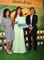 Bipasha Basu at Kurla event opening of new shop Innisfree on 2nd July 2016