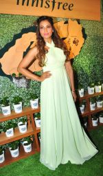 Bipasha Basu at Kurla event opening of new shop Innisfree on 2nd July 2016 (38)_57790318b725d.JPG
