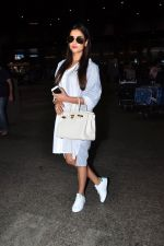 Sonal Chauhan snapped at airport on 2nd July 2016