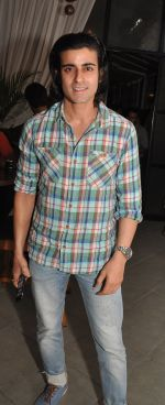 Gautam Rode at the Launch Event of Mirabella Bar & Kitchen in Mumbai on 3rd July 2016_5779f6c9d3802.jpg