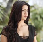 Sara Loren learns Assamese for her movie Ishq Click