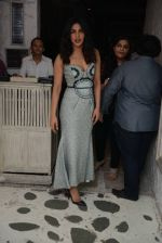 Priyanka Chopra snapped at Olive in Delhi on 5th July 2016 (12)_577c81e9c4b9a.jpg