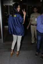 Priyanka Chopra snapped at airport on 6th July 2016 (9)_577dd7ef6394b.JPG