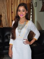 Sara Khan Eid celebration on 7th July 2016 (11)_577e5f26b8043.JPG