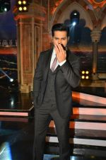 Varun Dhawan pomote Dishoom on the sets of India