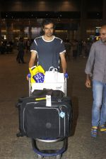 Imtiaz Ali snapped at airport on 7th July 2016 (5)_577fb4a67b9c4.JPG