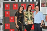 Gurpreet Kaur Chadha & Simmer Bhatia, Prem Soni at the launch and reading session of the book by author Simmer Bhatia on 9th July 2016_578105a45aca4.JPG