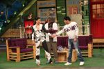 Rajeev Khandelwal and Gauhar Khan on the sets of The Kapil Sharma Show on 8th July 2016 (2)_578105fc79c61.JPG