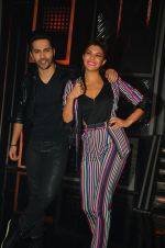 Varun Dhawan, Jacqueline Fernandez promote Dishoom on the sets of Dance 2 plus on 11th July 2016