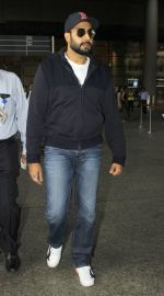 Abhishek Bachchan snapped at the airport on 12th July 2016