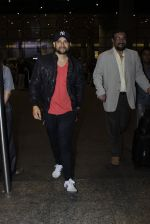 Aftab Shivdasani snapped at the airport on 12th July 2016
