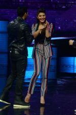 Jacqueline Fernandez promote Dishoom on the sets of Dance 2 plus on 11th July 2016 (45)_5784758059f44.JPG