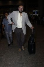 Kabir Bedi snapped at the airport on 12th July 2016