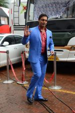 Shoaib Akhtar on the sets of Life Ok new show Mazak Mazak Me promo shoot on 11th July 2016 (33)_5784764dac23d.JPG