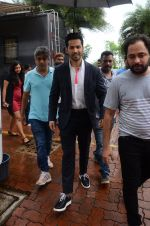 Varun Dhawan promote Dishoom on the sets of Dance 2 plus on 11th July 2016 (63)_5784761071587.JPG