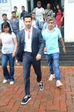 Varun Dhawan promote Dishoom on the sets of Dance 2 plus on 11th July 2016 (67)_57847613d712a.JPG