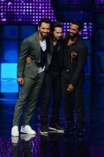Varun Dhawan promote Dishoom on the sets of Dance 2 plus on 11th July 2016 (71)_578476161a7fb.JPG