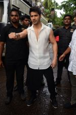 Varun Dhawan snapped on the sets of So You Think you can dance on 12th July 2016-1