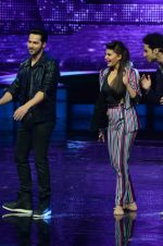 Varun Dhawan, Jacqueline Fernandez promote Dishoom on the sets of Dance 2 plus on 11th July 2016 (35)_57847585afd14.JPG