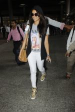 Shraddha Kapoor snapped at airport on 12th July 2016 (11)_5785b7e44c9c3.JPG